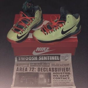 Area 72 Kd's 🔥More rare with news paper article‼️
